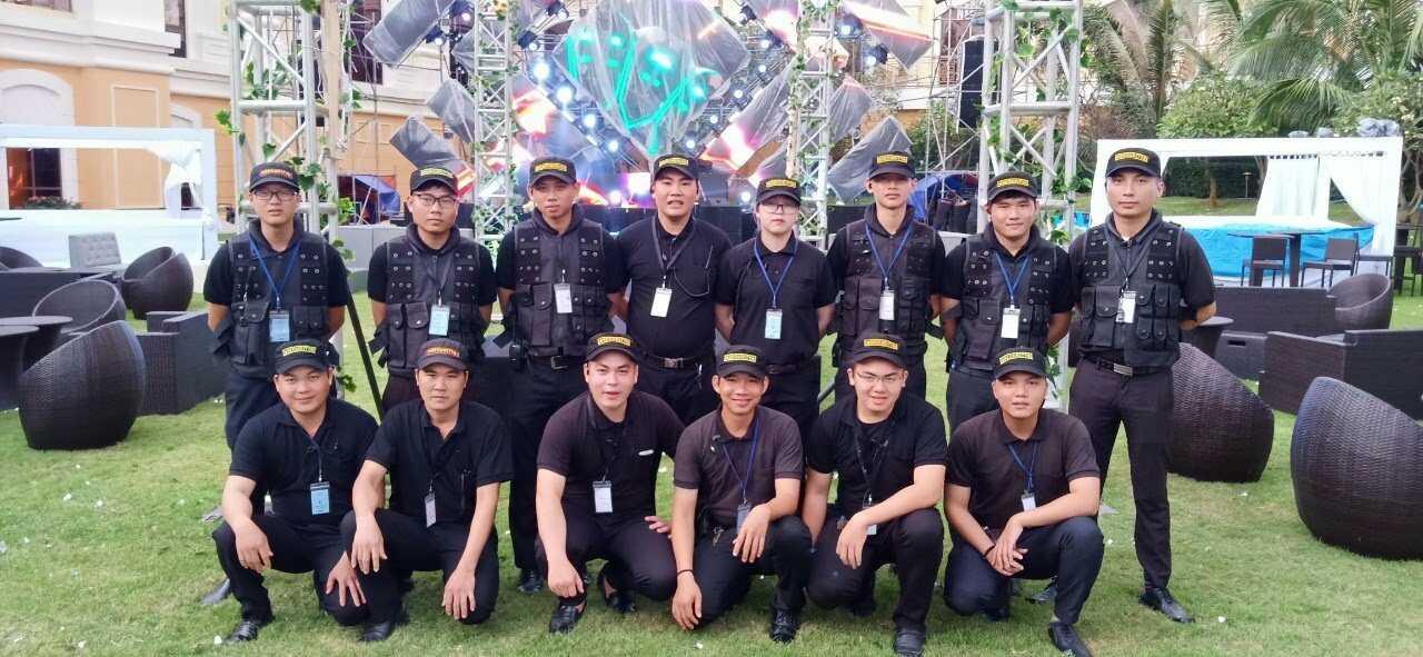 Đội ngũ bảo vệ chuyên nghiệp của Việt Thiên Long