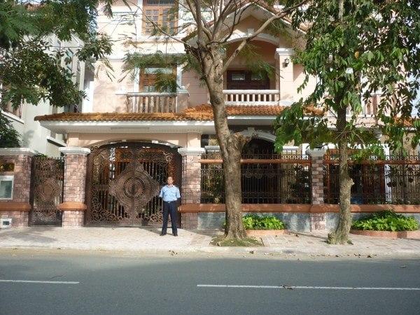 Dịch vụ bảo vệ trông giữ nhà riêng ngày Tết - Bảo vệ Việt Thiên Long