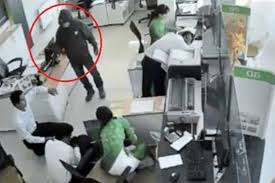 cướp ngân hàng.jpg